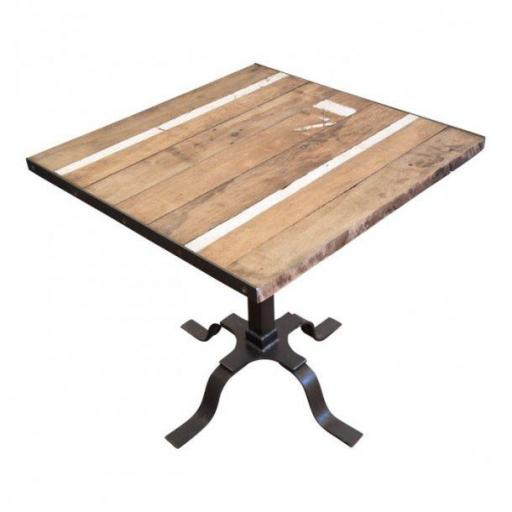 Embassy227 SQUARE Table